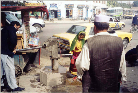 Waterpump-in-Kabul.jpg